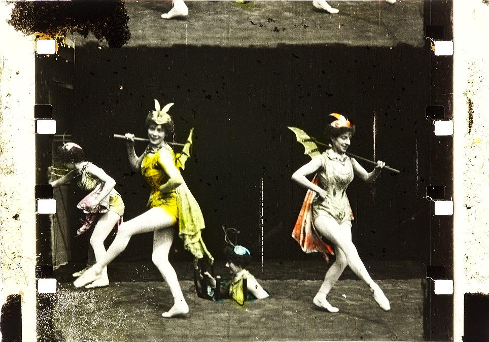 La biche au bois (1896) (Kodak Film Samples Collection) | Timeline
