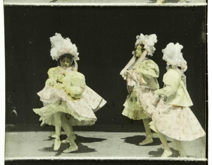 EYE_Biograph_68mm_LesParisiennes_Handcoloring_1898_IMG_0591