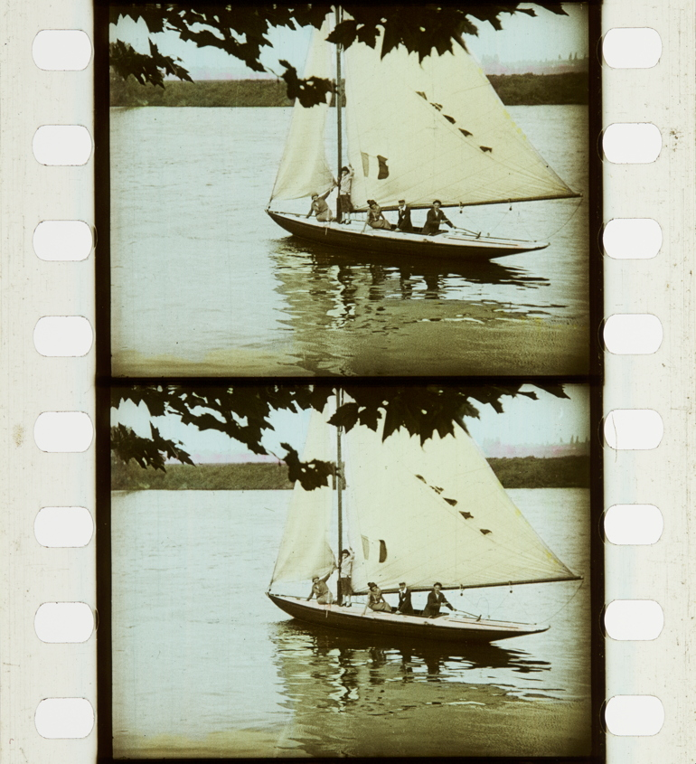 8139019f1a1e2c Modelling Dresses on a Sailing Ship (1921-1933)   Timeline of ...