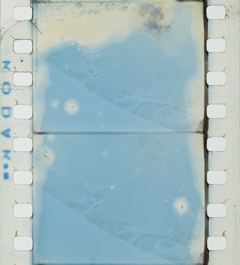 the epic of everest (1924) timeline of historical film colorsCosta Rafael Blackout Frame Blau Spiegelglas W580 P 309 #3